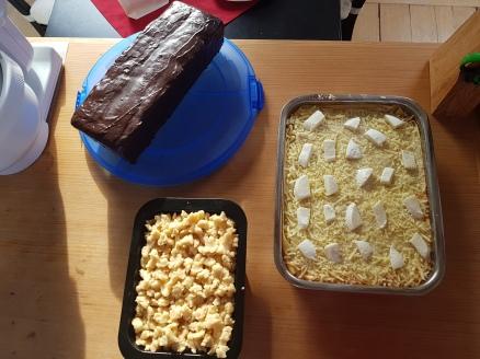 Lasagne, Apfelcrumble, Schokokuchen